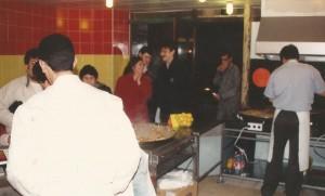 Affluence dans les boutiques de paella